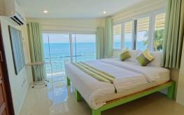 Beachfront rooms Health Oasis Resort