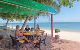 Open air seating Health Oasis Resort