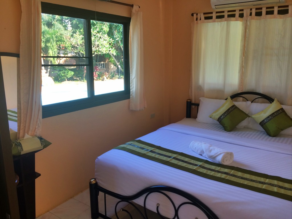 3 bedroom beach house Health Oasis Resort Detox retreat