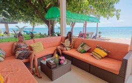 Lounge lobby area Health Oasis Resort